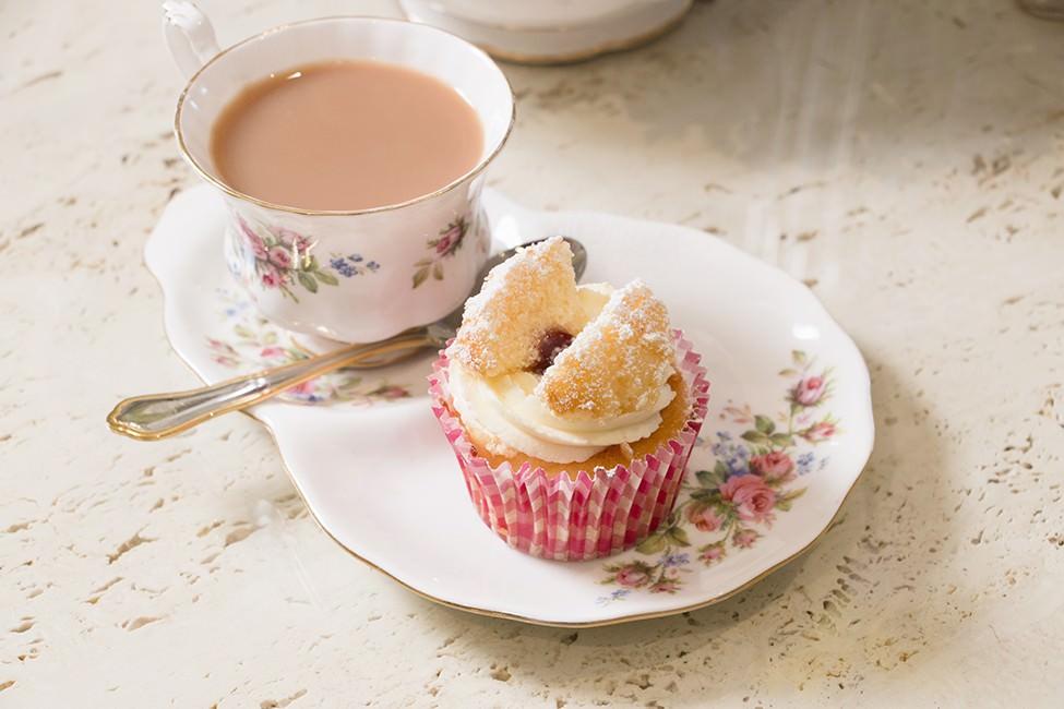 vanilla butterfly cupcake